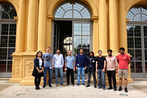 ISAM4 2019: Members of FRASCAL in front of the Orangerie (Image: GRK 2423 FRASCAL)